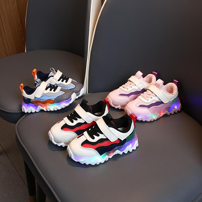 春季新款儿童运动鞋亮灯女童时尚男童老爹鞋休闲鞋宝宝发光鞋2020