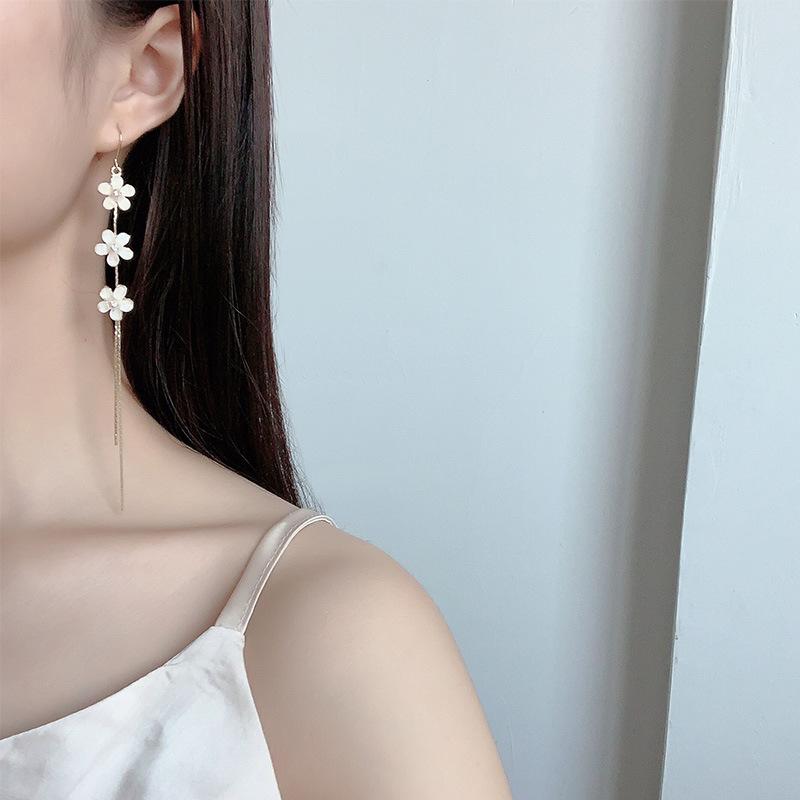Reba Zhoufang same face thin Flower Earrings Korean temperament long Tassel Earrings Earrings female indifference