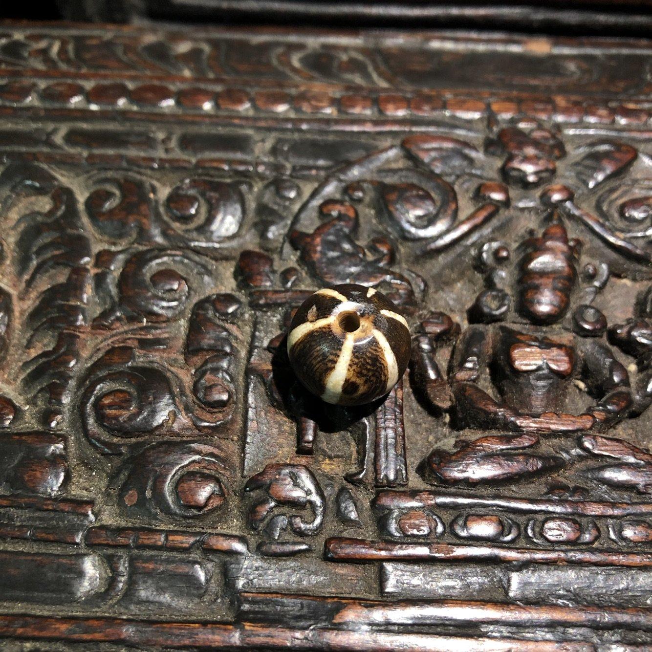 西藏藏传 特色手工艺真品天然千年班迪克木化石 多宝配饰