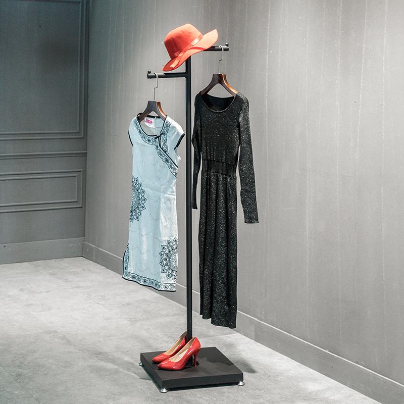 北欧简约服装店橱窗衣帽点侧挂衣架11月29日最新优惠