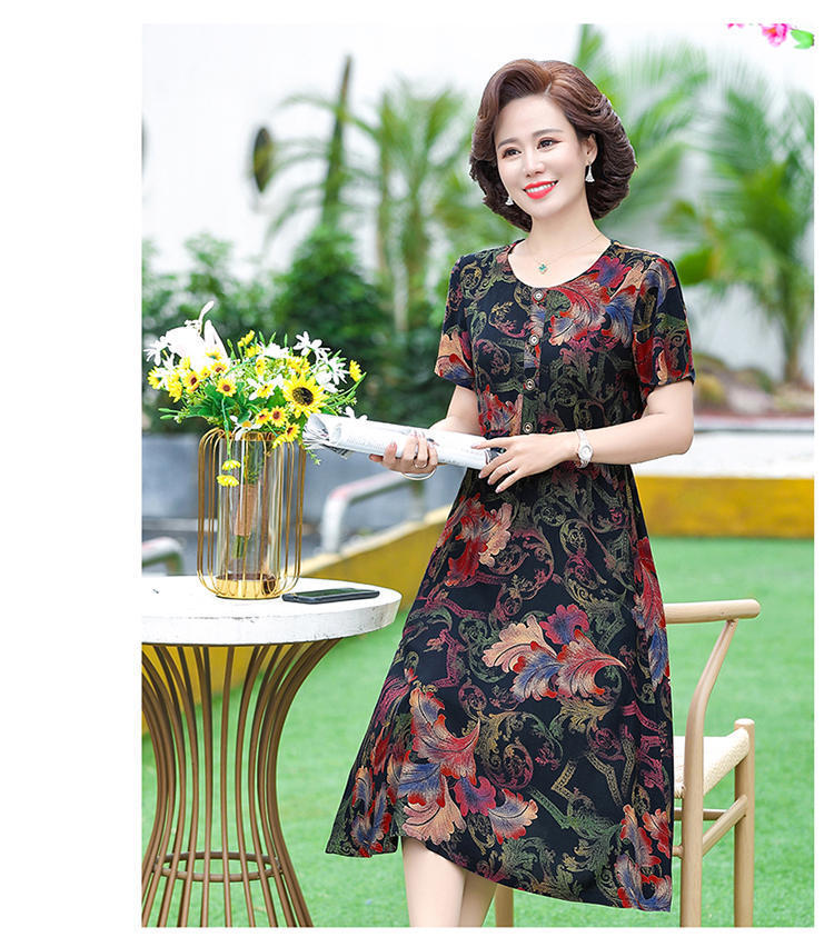 Mothers Day is a short sleeved dress for middle-aged women in their 40s, 50 aunts and 60 mothers in summer
