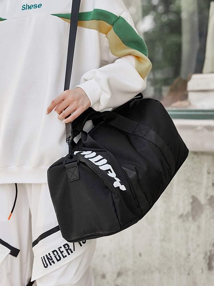 运动包干湿分离健身包男短途大容量旅行包手提行李袋女斜挎游泳包