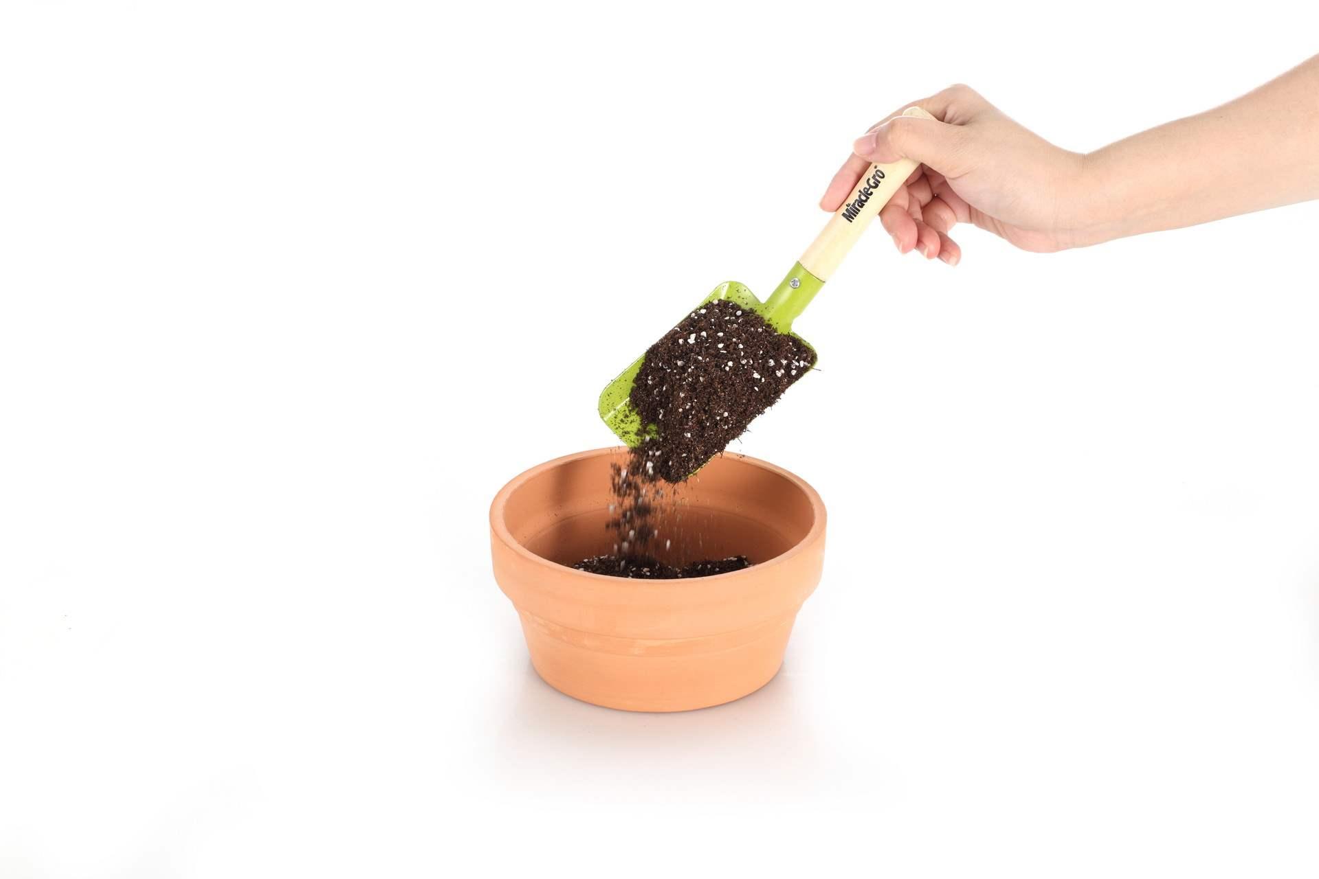 绿萝泥炭土有机通用营养土栽花种菜吊兰种植土套餐优惠两件包邮