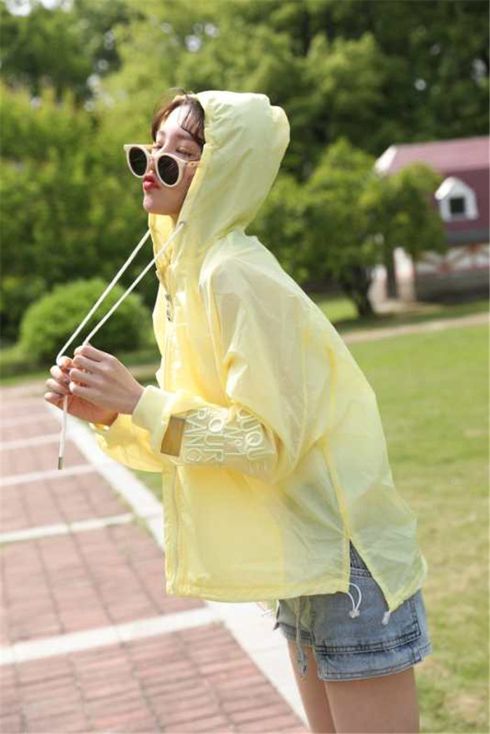 Sunscreen Plush coat female cat design light yellow summer 2020 Capris cape coat