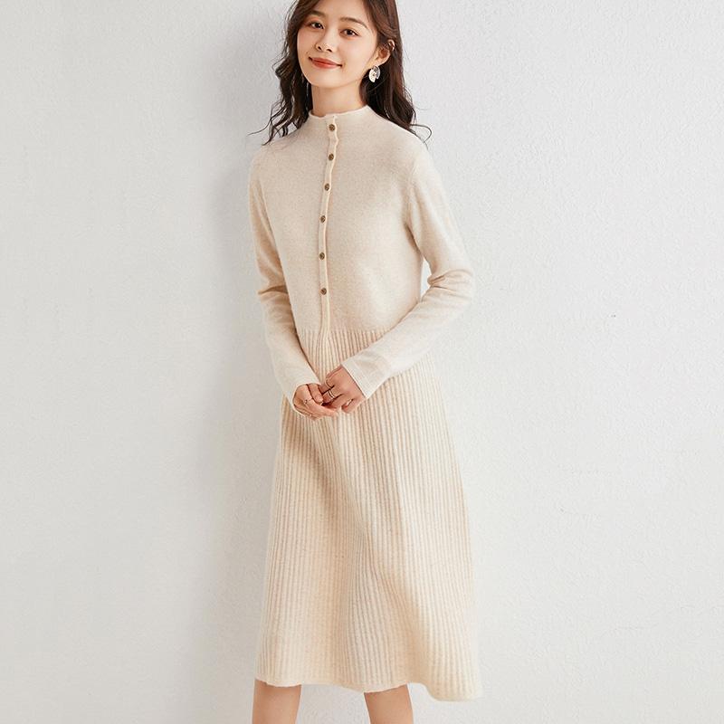 韩版半高领羊毛针织连衣裙女秋冬中长款过膝时尚修身打底毛衣裙子