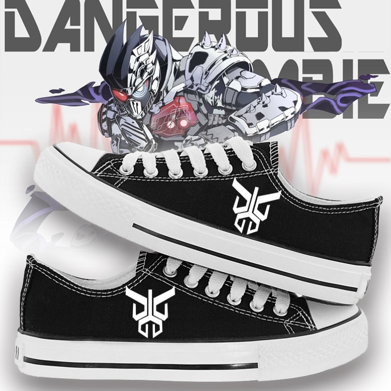 Masked Knight build animation surrounding male and female students spring and summer low top casual shoes graffiti printed canvas shoes