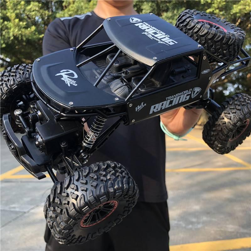 大脚四驱攀爬遥控越野车男孩玩具高速充电无线模型防水,可领取元淘宝优惠券