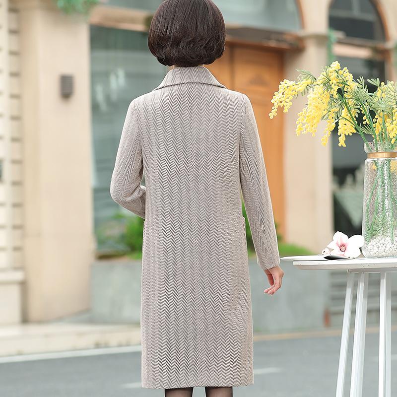 50岁40新款中老年妈妈女装冬装毛呢外套中长款装秋装中年上衣2018