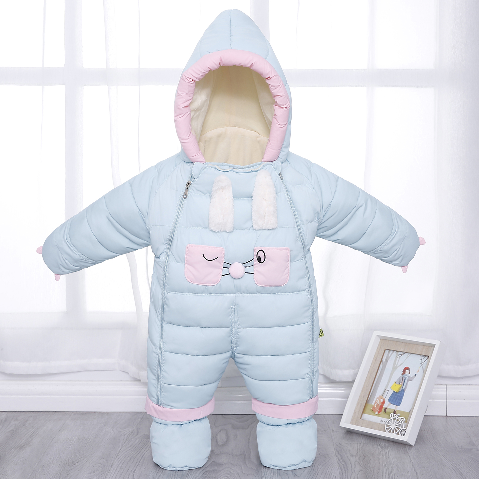 婴儿冬季加厚外出羽绒连体服新生儿棉衣套装男女宝宝保暖抱被爬服图片