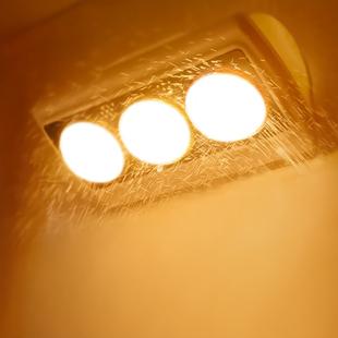 壁挂式浴霸灯泡卫生间家用免打孔厕所洗澡间明装浴室挂墙式取暖灯