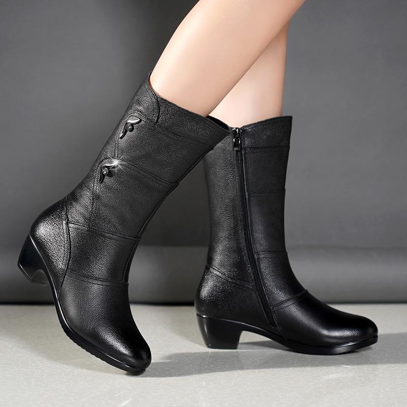 秋冬季中筒靴女妈妈靴子2019新款直筒靴中年女士棉鞋大码粗跟女鞋