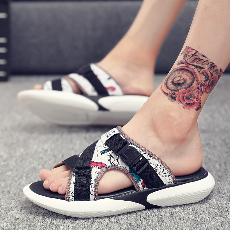 New mens sandals in summer 2020