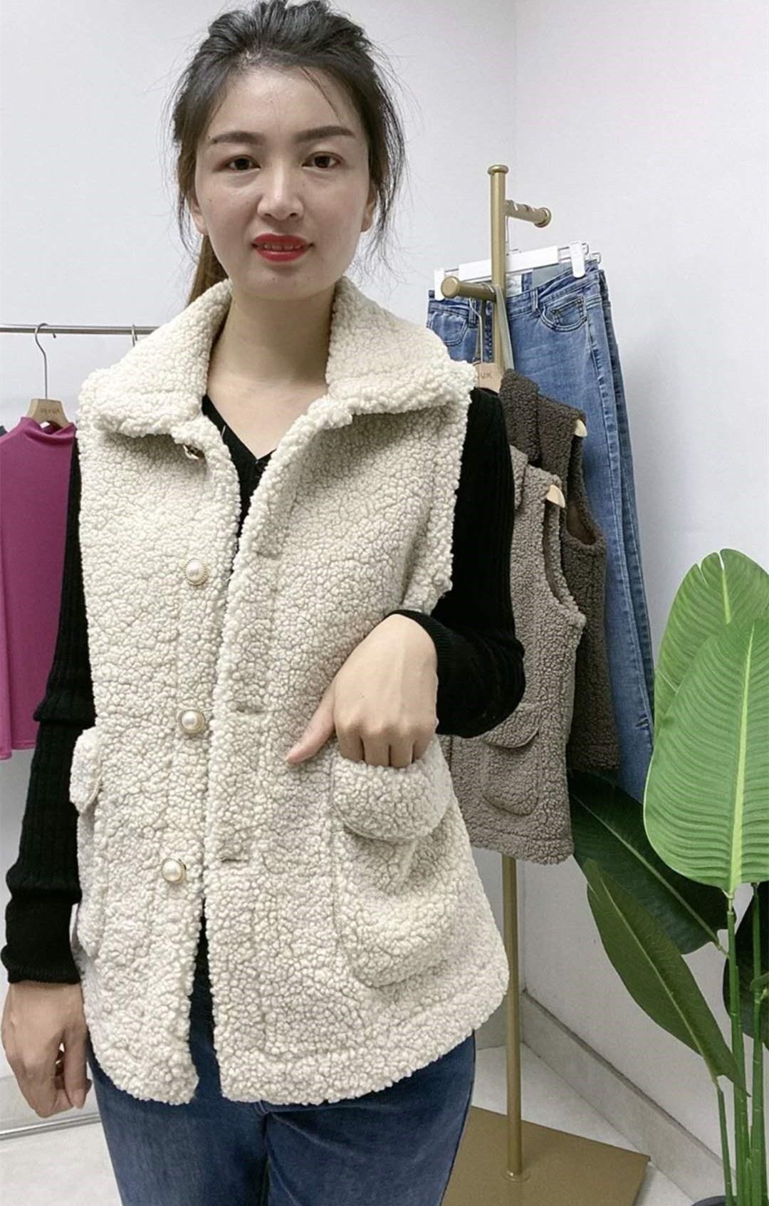 羊羔毛绒马甲秋季女2020年秋冬新款皮毛一体秋款马夹背心外搭外套