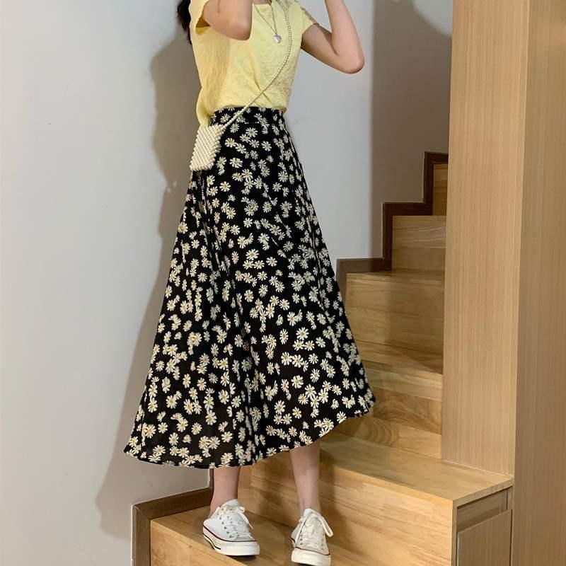 为什么男友执意要我穿裙子:男友让我穿裙子