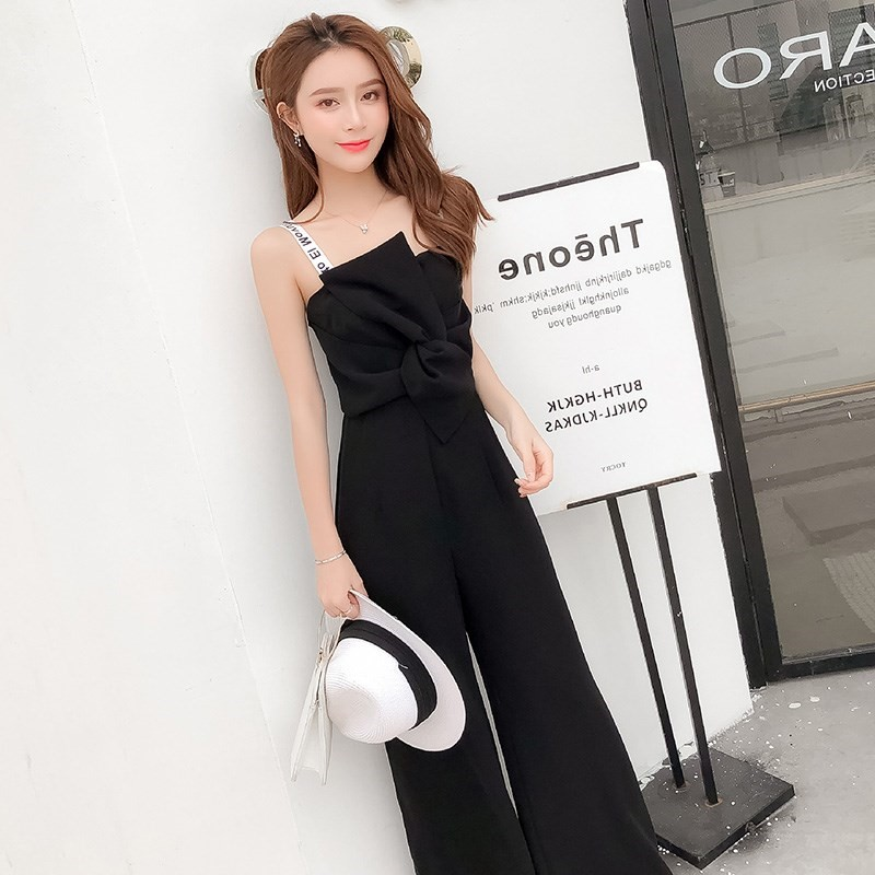 2019 new suspender bra Jumpsuit womens Summer High Waist Wide Leg Pants loose version looks slim.