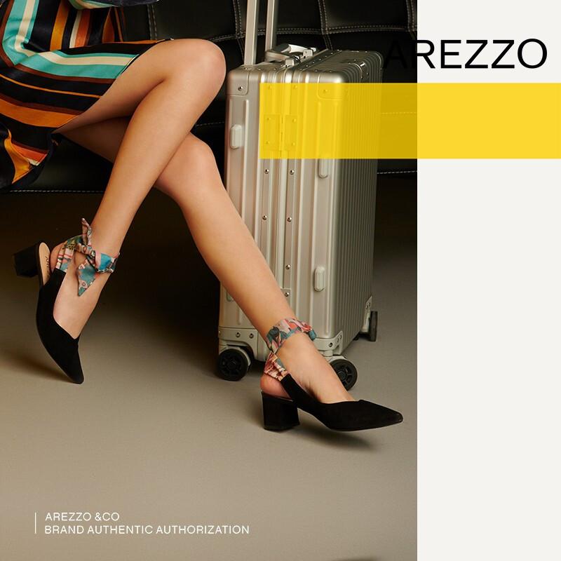 巴西AREZZO雅莉朶2019年夏季新款黑色绒面粗跟绑带尖头休闲女凉鞋,可领取20元天猫优惠券