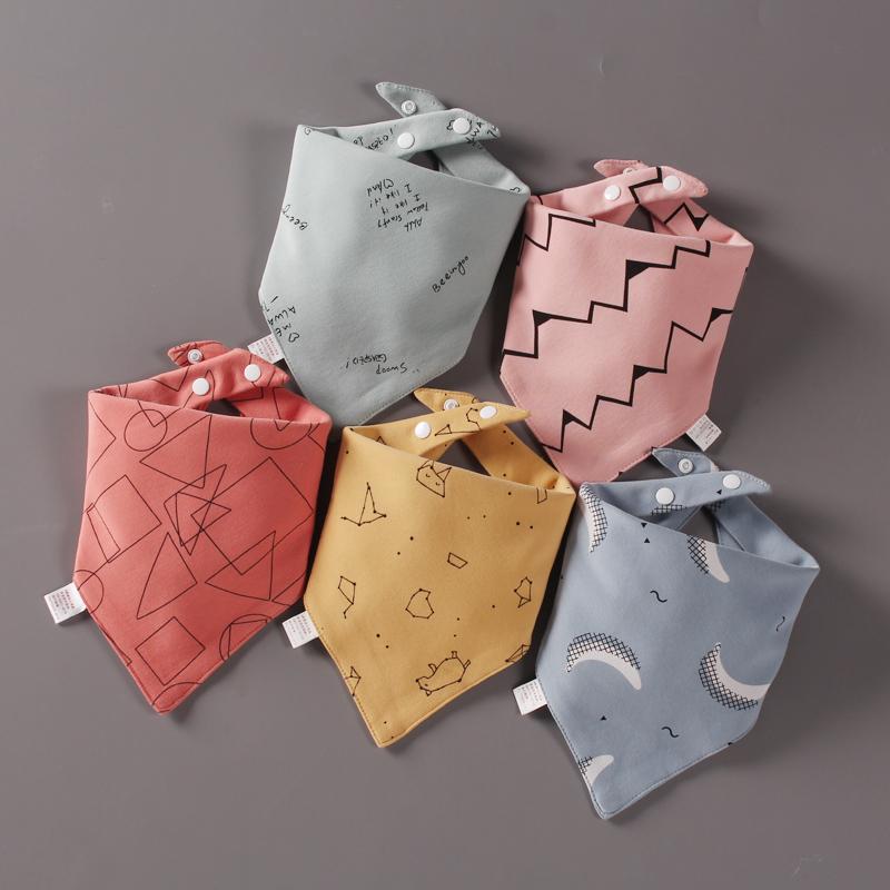 5条装宝宝口水巾婴儿三角巾纯棉花边围嘴双按扣新生儿防吐奶围兜