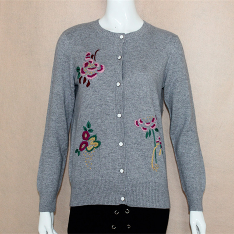 T-neck embroidered mother cashmere sweater female cardigan sweater loose large size sweater middle aged short sweater new product