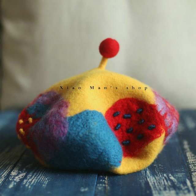 New years original design new wool felt handmade all wool BERET artist hat color collision does not change