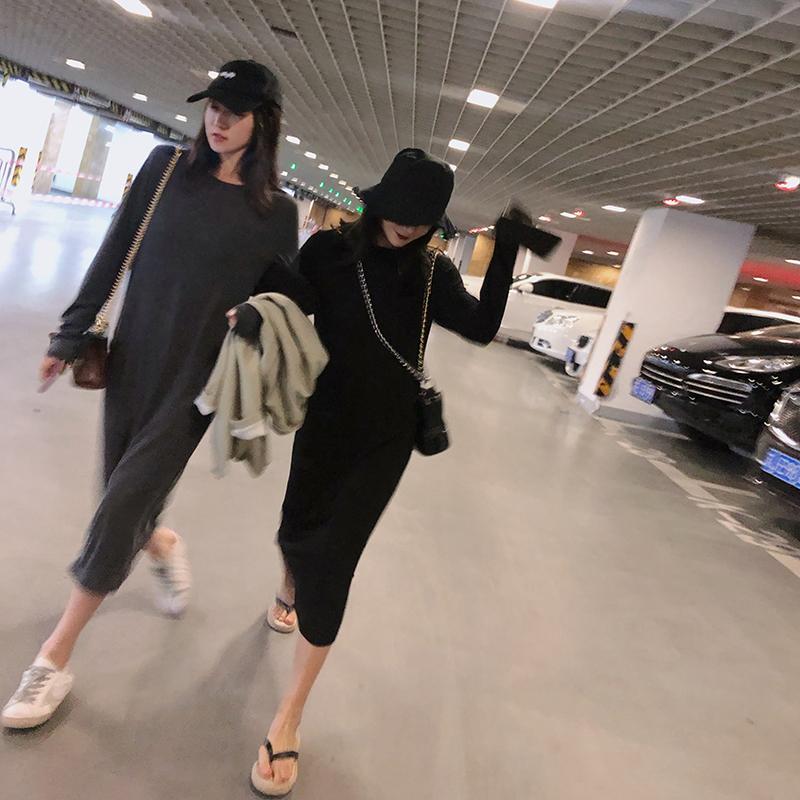 yukiss中长款黑色长袖宽松连衣裙有赠品