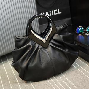 手提包2021新款潮时尚洋气单肩大中年女士包包皱褶包百搭斜挎包