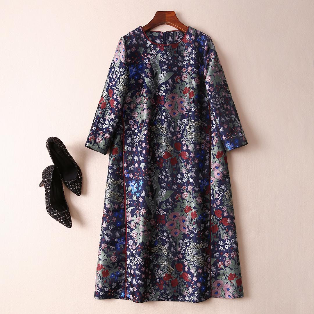 Чистого сырья элегантный экстравагантность парча жаккард свободный платье сын тонкий платье женщина осень и зима весна домой Q453