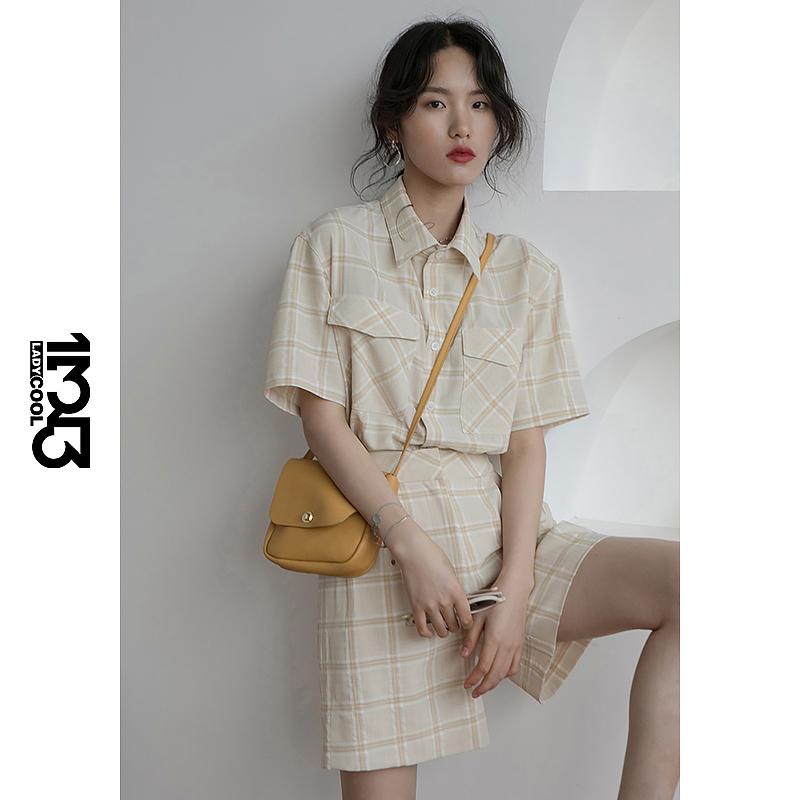 1313杏色格子法式廓形短袖衬衣+阔腿中短裤 2020夏季女两件套套装
