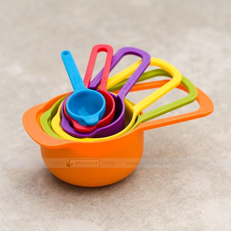 彩虹量勺6件套 加厚款量杯量匙量筒厨房diy烘焙工具 颜色随机发