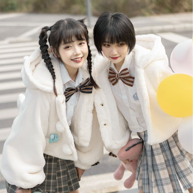 [in stock] [re selling] Kawu Lolita coat with cotton in winter super soft plush
