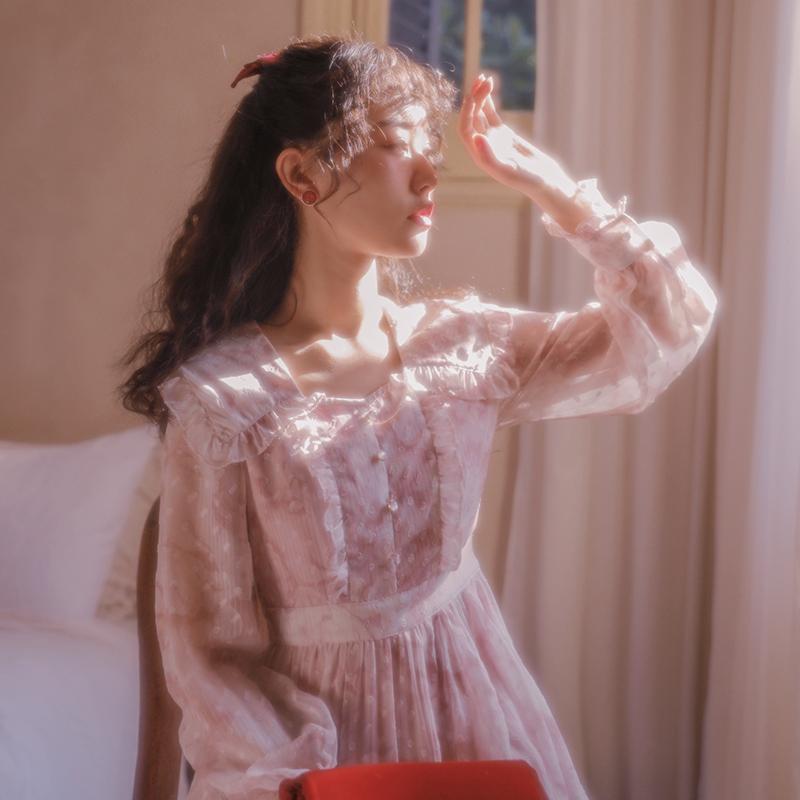 梅子熟了复古翻领碎花气质雪纺甜美