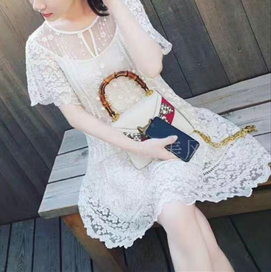 欧洲站2020春重工刺绣收腰遮肚白色网纱少女仙气连衣裙小个子