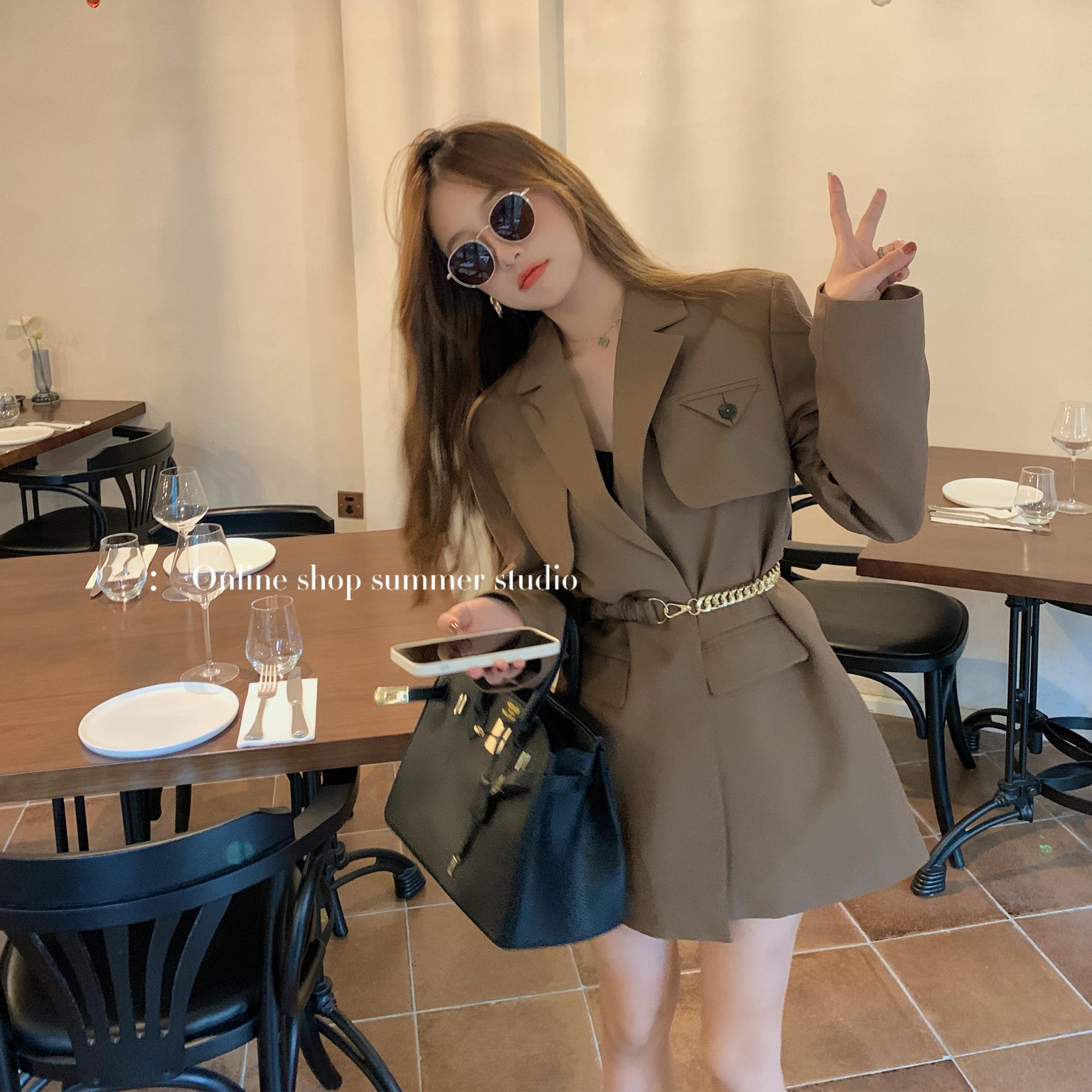 夏天家2021早秋新款上衣chic咖色西装外套女春秋季西服设计感小众