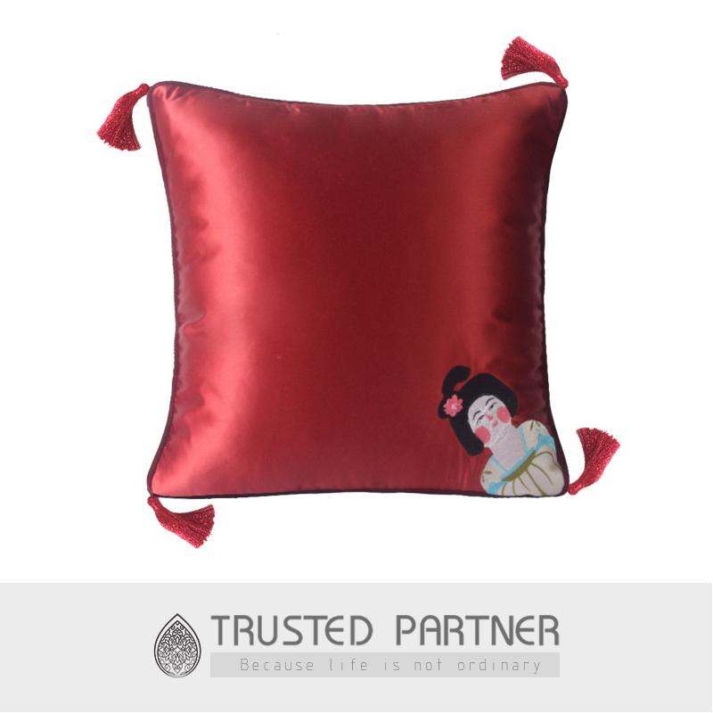 红空间布梵现代样板房靠枕唐朝仕女刺绣钉珠个性车载居家沙发抱枕