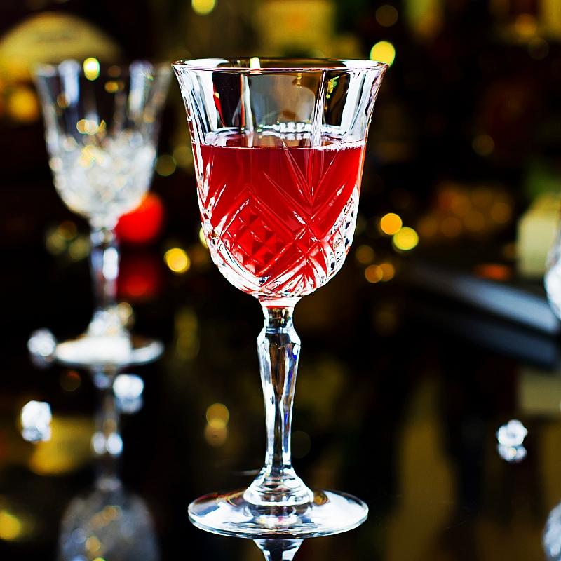 新品精致雕花玻璃宽口高脚葡萄酒杯满19.80元可用3元优惠券