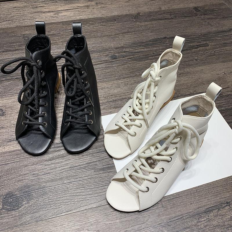 凉靴女2019夏季新款韩版百搭露趾镂空透气网红短筒马丁靴子凉鞋潮