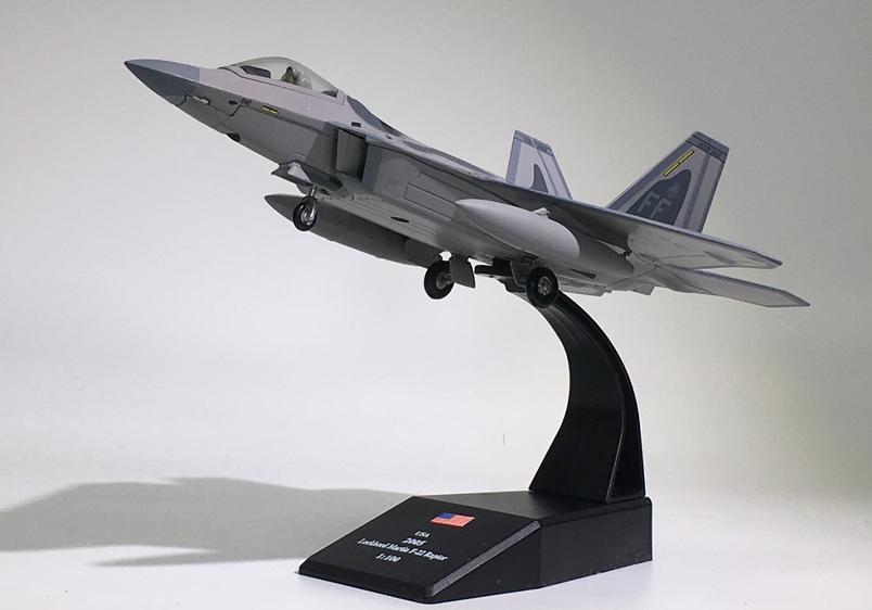 [美军F22第一战斗机联队猛禽 F-22隐形战斗机飞机模型 AMER 1/100]
