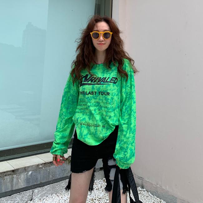 韩国2019秋季新款女装酷酷绿色印染长袖宽松印花字母防晒T恤券后138.00元