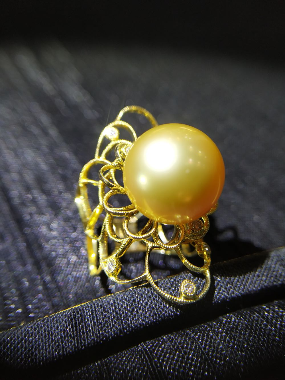 Court retro style 18K natural sea water gold pearl diamond ring, natural, beautiful and luxurious