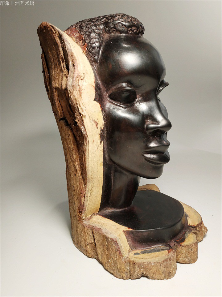 Imported black wood carving with African characteristics, pure handmade ebony carving, African new products in Kenya