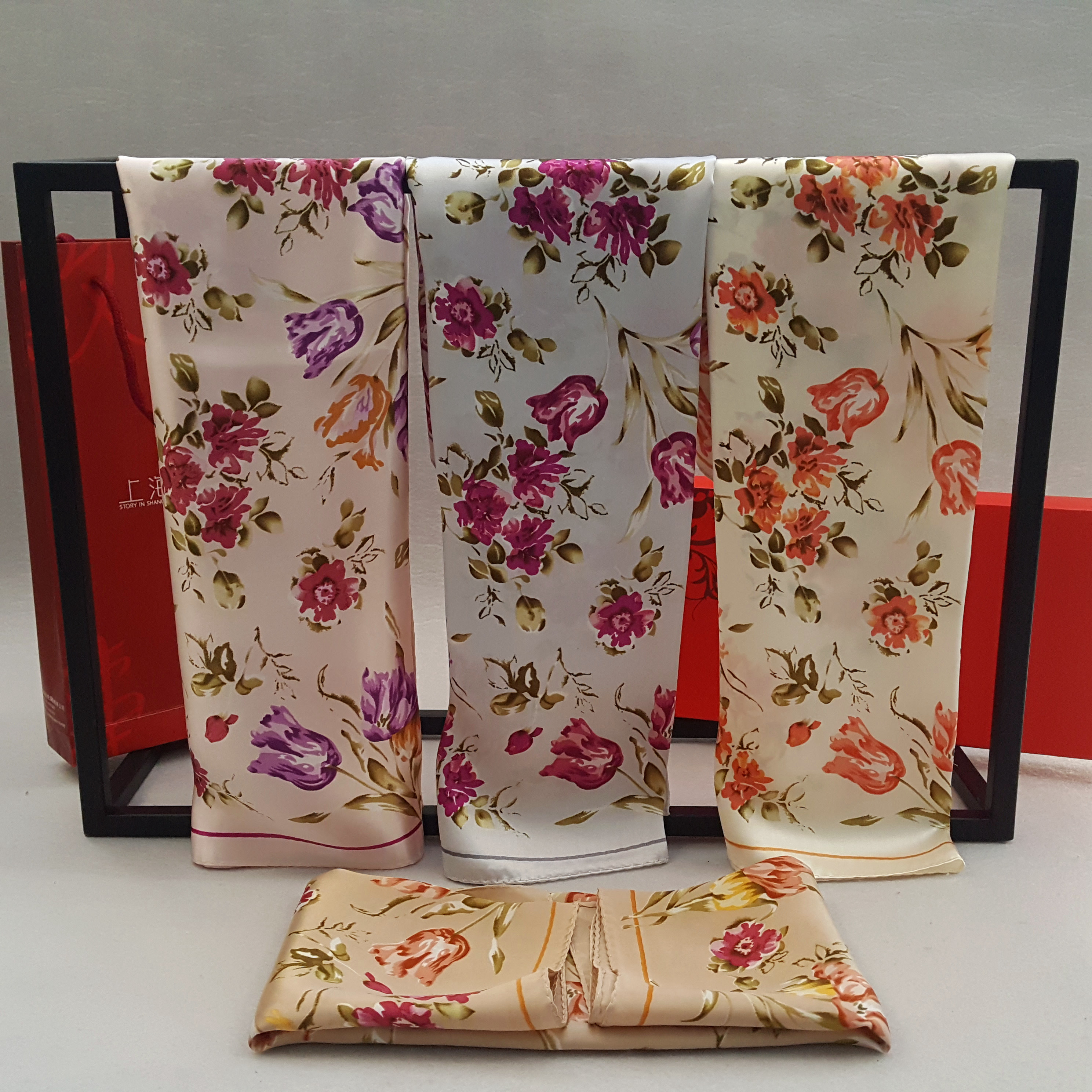 两件包邮上海故事职业桑蚕丝真丝小方巾女式春秋韩版丝绸围巾花语