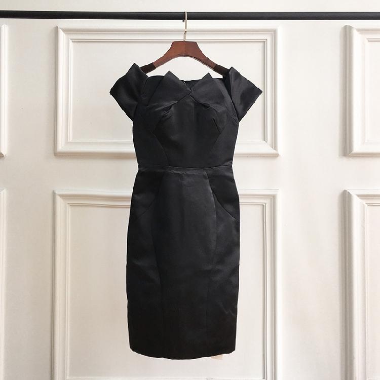 77优选~春夏新款简约气质纯色高腰耸肩短袖连衣裙
