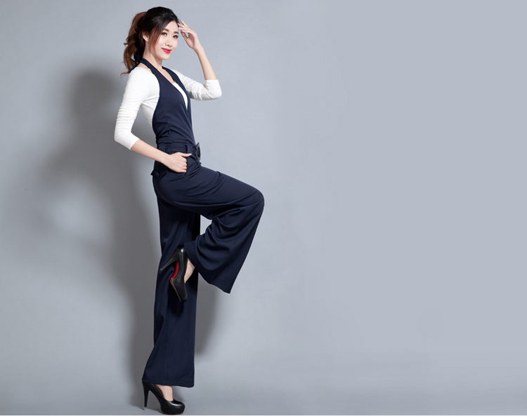 Spring 2020 new casual pants Black Slim Jumpsuit pants wide leg pants neck strap pants Jumpsuit women