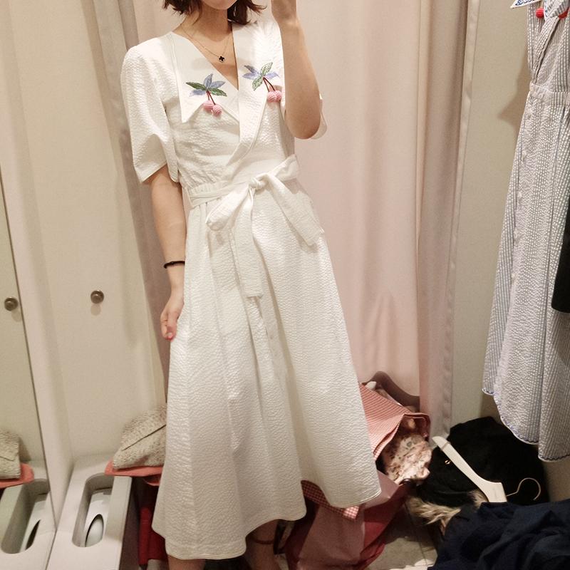 S-LB家立体樱桃树叶刺绣V领衬衫式蝴蝶结系带腰带收腰连衣裙18048