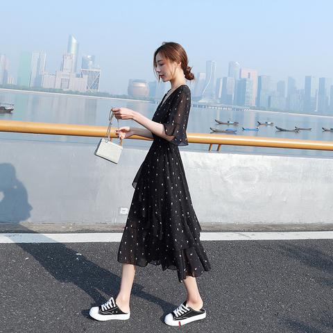 黑色波点碎花雪纺连衣裙女夏装2021新款收腰显瘦v领a字蛋糕裙子长