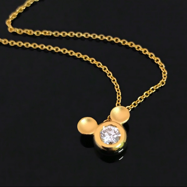 Custom made fresh and lovely Mickey Mouse diamond clavicle chain necklace with 18K gold inlaid diamond