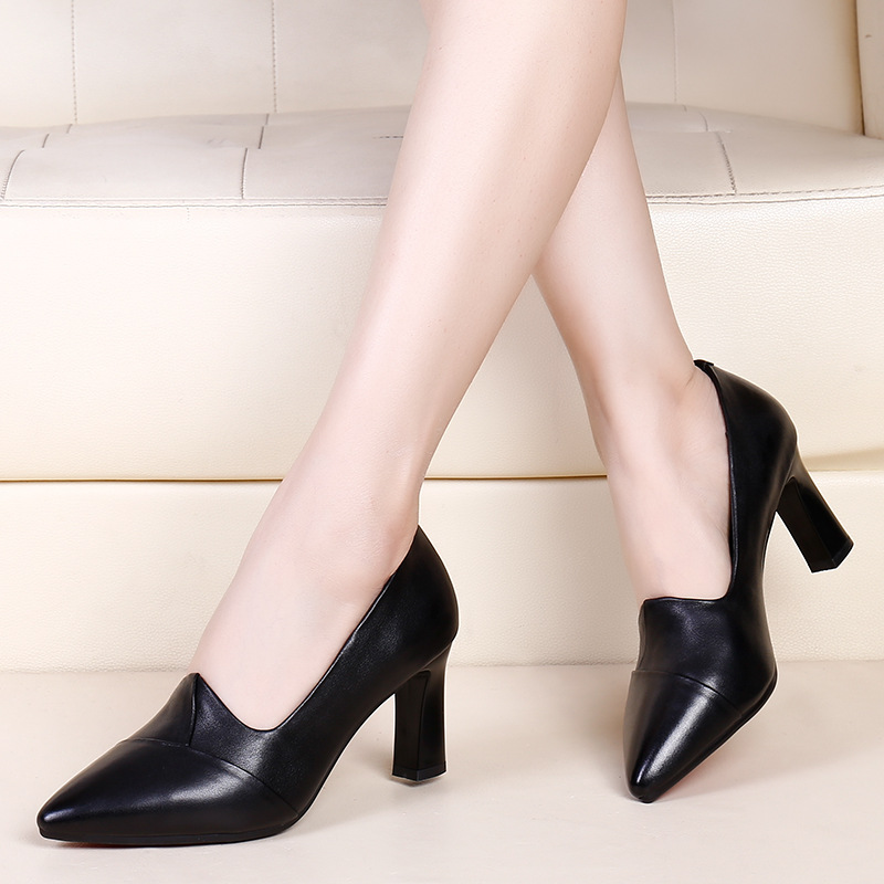 Leather single shoes womens spring 2021 new black high heeled shoes womens shoes spring small shoes spring working shoes