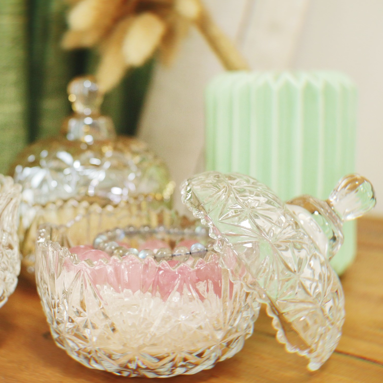 Natural white crystal degaussing crystal purification bowl treasure jade jewelry box container Royal salt utensils for Manza decoration