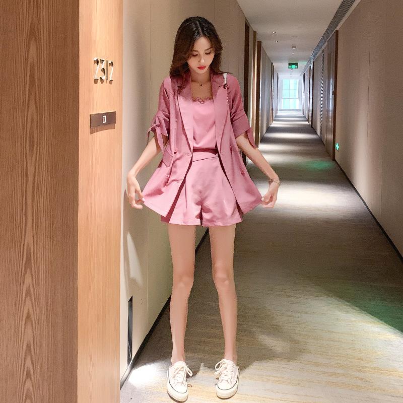 时尚休闲套装2020夏季新款韩版女装纯色短袖小西装吊带短裤三件套