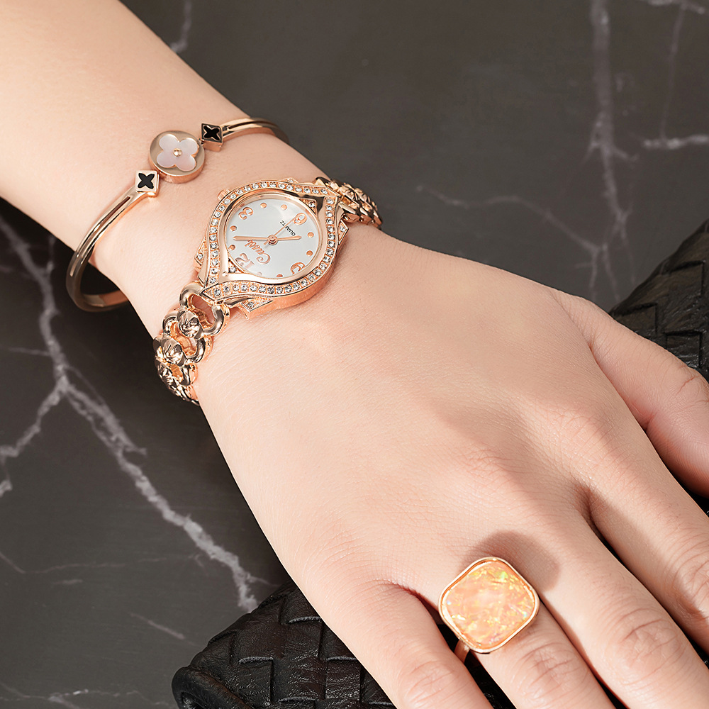 2021 new diamond quartz watch collection womens hollow waterproof watch four leaf grass Bracelet Ring Earrings 4 sets