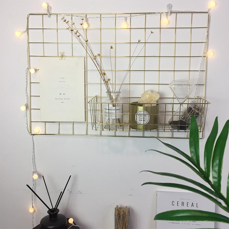 Нордический современный простой сетка фото стена электрический позолоченные цвет , кованого железа стеллажи ins комната декоративный фон стена